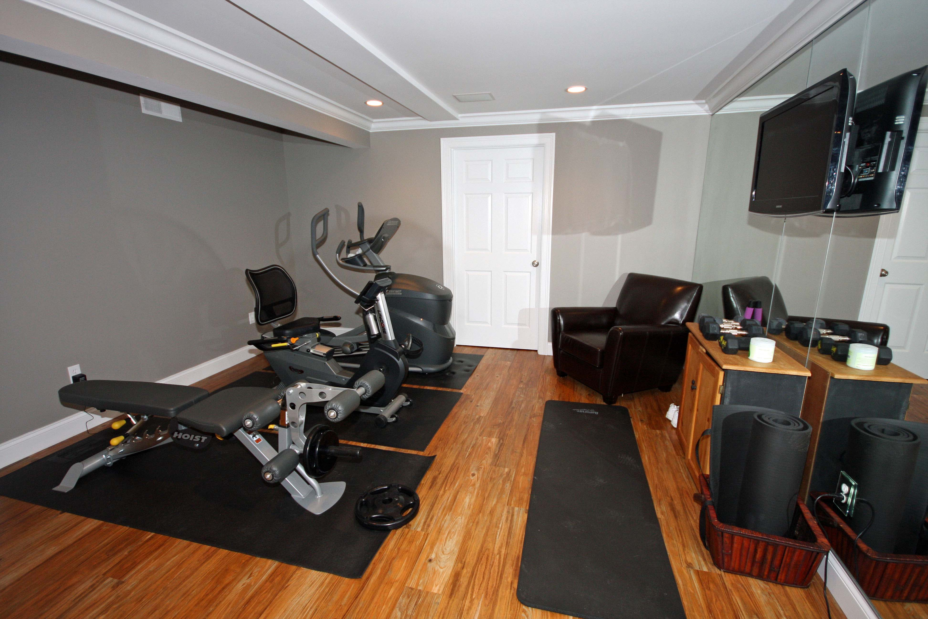 Image Gallery Exercise Room